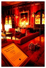 Salon Rojo (red room) (No veo nada (Coke)) Tags: england london beautiful drawing room warwickcastle noveonada