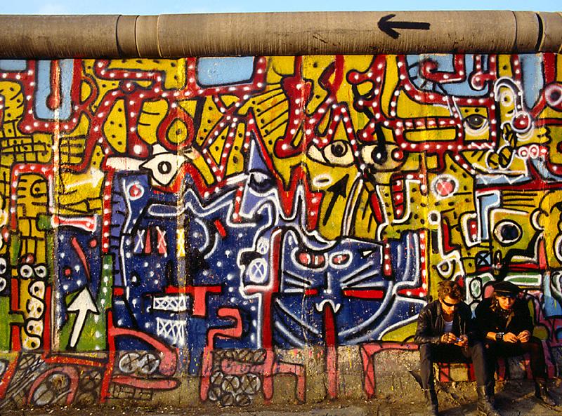 punks on dope, Berliner Mauer