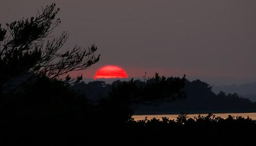 Strange sunset 2 - at 9.15pm 28 secs