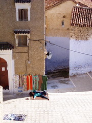 chefchaoun (Alex J White) Tags: relax sleep morocco rest chefchaoun