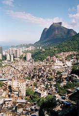 rocinha, são conrado & pedra da gávea (AS500) Tags: brazil rio brasil janeiro sao pedra favela conrado rocinha gavea