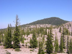Above Crags Lake (fort-m) Tags: crags lassen
