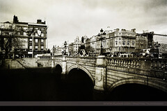 O'Connell Street Bridge, Dublin, Ireland (Seven Seconds Before Sunrise) Tags: city travel bridge ireland bw dublin water river europe eire liffey citycentre riverliffey oconnellstreet oconnellstreetbridge