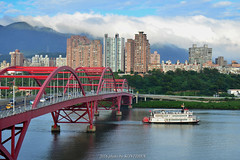 (szintzhen) Tags:           bridge water sky cloud boat newtaipeicity taiwan