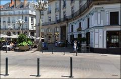 Nantes 44 (place Graslin) (GK Sens-Yonne) Tags: place nantes 44 cigale royale lampadaire placeroyale rverbre loireatlantique candlabre