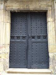 puerta Casa con blasones siglo XVI  Soria 02 (Rafael Gomez - http://micamara.es) Tags: casas blasonadas y palacios soria casa con blasones siglo xvi puerta