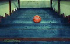 COLORES (kchocachorro) Tags: basquetbol basketball colores colours pelota