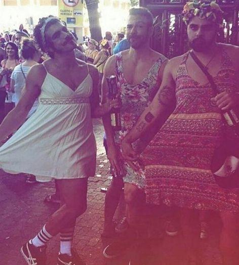 Vestido de noiva, Caio Castro chama atenção em bloco de Carnaval