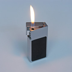 BRAUN F1 Lighter (vicent.zp) Tags: vintage design 1971 f1 lighter braun pocket dieter rams 6902 dscn1250 mactron