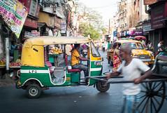 Streets of Kolkata (Pics by Henrik) Tags: india rickshaw kolkata calcutta steetphotography leicam8 summicron352
