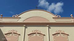 Casa Paroquial no Centro de Maranguape (Pedro Feitoza) Tags: arquitetura maranguape religiao prediosantigos casasecasarios