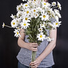 girl with FLOWERS (gundidepp (busy on the farm)) Tags: photoshooting portrait margeriten flowers bouquet