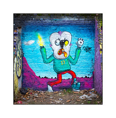 Street Art (Mowscodelico), East London, England. (Joseph O'Malley64) Tags: mowscodelico streetart urbanart graffiti eastlondon eastend london england uk britain british greatbritain art artist artistry artwork mural muralist wallmural wall walls brickwork bricksmortar pointing victorianstructure buttresses alcove fallenleaves rubbish litter detritus urban urbanlandscape aerosol cans spray paint