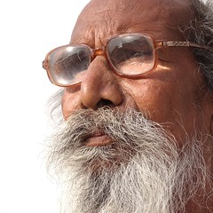 Elder + Slum, Jaipur, Rajasthan, India, April of 2015 (Halim Ina) Tags: india zeiss sony documentary portraiture slum rajasthan caste rx100m2