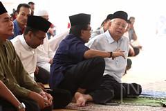 Majlis Penyerahan Bubur Lambuk Kampong Bharu. (Najib Razak) Tags: kualalumpur pm kampong primeminister bubur 2015 majlis bharu penyerahan perdanamenteri lambuk najibrazak