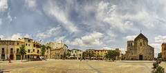 Sunday in the town square (german_long) Tags: españa church square spain sunday pueblo domingo cataluña besalú españa