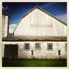#farm #quebec #geometric #shape #structure (i Catch) Tags: square squareformat iphoneography instagramapp uploaded:by=instagram