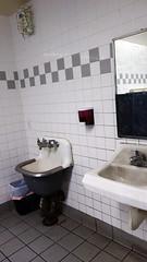 Utility Sink 04280 (Omar Omar) Tags: california californie usa usofa etatsunis usono usanda dscrx100 sonydscrx100 rx100 cybershotrx100 restroom mensroom baño sanitario sinks sink lavabo gasstation gasstationrestroom