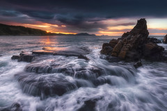 Last Wave (BIZKAIA) (Jonatan Alonso) Tags: azkorri sunset waterfall sea bizkaia longexposure
