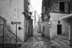 29-DSC_1885 (Stefano Trojani) Tags: oria brindisi puglia salento bw blackandwhite black street south italy italia