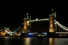 London's Classic (Serge Freeman) Tags: towerbridge london england greatbritain uk night longexposure thames river bridge sightseeing sight famous architecture landmark towers attraction