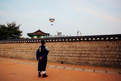 어린 정조 (nant159159) Tags: 정조 수원 수원화성 어린정조 왕자 화성 여행지 여행 prince jeongjo hwaseong fortress suwon korea travel tour young king historical history 역사 유적지 관광지 볼거리 touristspot 조선 chosun