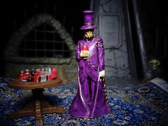Vampire (ridureyu1) Tags: vampire remake monsterinmypocket mimp mythology toy toys actionfigure toyphotography sonycybershotsonycybershotdscw690
