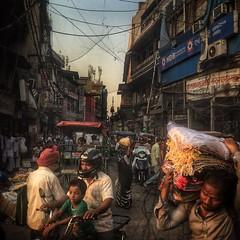 Delhi. India (Mark Fearnley Photography) Tags: streetphotographer streetphotography street iphone6 shotoniphone colour india delhi