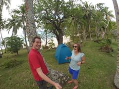 Photo de 14h - Devant notre tente à Lifou (Lifou, Nouvelle-Calédonie) - 28.05.2014