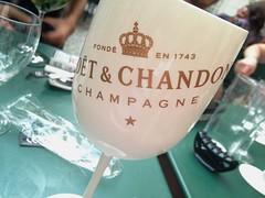 (b.bnz) Tags: summer champagne piscine moetchandon cafecour