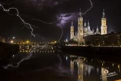 Noche de Rayos Zaragoza - Adrian Sediles (Sediles) Tags: longexposure storm pilar zaragoza tormenta lightning thunder thunderbolt zgz basilicadelpilar sediles adriansediles blogadriansedileses fotosediles