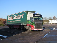 H4728 DANIQUE KX66 NBK (Barrytaxi) Tags: eddie eddiestobart stobart transport volvo chieveley services