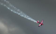 Descend (Matt H. Imaging) Tags: ©matthimaging pitts aerobatics aircraft airplane beekforspeed sony slt sonyalpha slta77ii a77ii ilca77m2 ilca77ii minolta minoltaaf70210mmf4 minolta70210f4 beercan beek maastrichtaachenairport phpep biplane