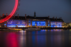 London Eye Corner (Chris Sinfield) Tags: london uk england photography night thames river moody londoneye eye ferris wheel red lights