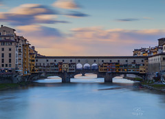 Ponte Vecchio -10 stops (Drawings of Light) Tags: heidi skhiri حمد مصطفى canon 5d mark ii germany italy love alone art black europa sky photography المصور العراقي العربي fotografie pictures fotografering photographie φωτογραφία फ़ोटोग्राफ़ी fotografia fotografía 写真撮影 fotoğrafçılık mostafa hamad drawings light sunset sunrise firenze ponte vecchio antico vinaio