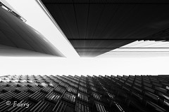 2/365HighQuality: London in b/w (WilPanta) Tags: black white bw london central fuji xt1 1024 365 days project explore sky clear art geometric perspective lines