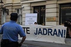 Akcija ispred Sabora
