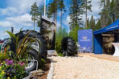 Trelleborg at Skogsnolia forestry exhibition  (9) (TrelleborgAgri) Tags: sweden forestry twin exhibition range pneumatici skidder forestali t414 skogsnolia progressivetraction