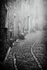 1602316b (Bogdan Szadowski) Tags: erice italy sicily architecture building fog outdoor street streetphoto sicilia