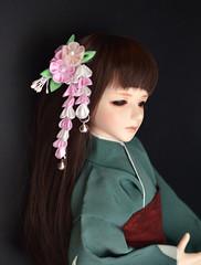 Pink BJD Hana Kanzashi. Silk flowers made in tsumami zaiku. (Bright Wish Kanzashi) Tags: kanzashi tsumamizaiku hanakanzashi handmade silk textile art japanesetechnique bjdkanzashi bjd doll size