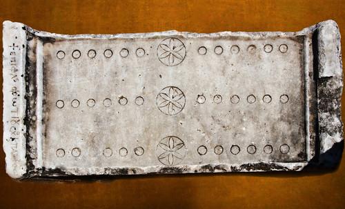 "Umbrales- Lejanos inicios en el paleolítico y versiones subsecuentes • <a style=""font-size:0.8em;"" href=""http://www.flickr.com/photos/30735181@N00/31709883363/"" target=""_blank"">View on Flickr</a>"