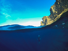 ApnéeBdA (ChasingTheBlue) Tags: underwaterphotography surf goprohero4 freediving divinglife diving dive outdooradventure outdoorlife adventure outdoor apnea goprosurf gopro underwater aquaticlife aquatic