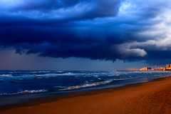 Heavy clouds - Tel-Aviv beach (Lior. L) Tags: heavycloudstelavivbeach heavyclouds telaviv beach heavy clouds telavivbeach nature landscape landscapes sea seascapes storm stormyweather stormy winter winterinisrael cloud cloudyweather