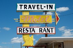 Travel-in' Man (dangr.dave) Tags: bowie tx texas montaguecounty downtown historic architecture motel travelinmotel restaurant neon neonsign