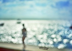 She (Mister Blur) Tags: she moves sea bokeh blur blurwillsavetheworld rivieramaya mygirl riverman noel gallagher nikon d7100