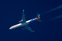 Jet2 Boeing 757-23N G-LSAK (Thames Air) Tags: jet2 boeing 75723n glsak contrails telescope dobsonian overhead vapour trail