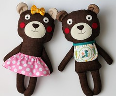 Little sister and Baby brother - Dois pequenos irmos (blita) Tags: stuffed dolls bears fabric ragdoll ursos bonecosdepano blita