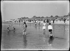 Bergen aan Zee (Regionaal Archief Alkmaar Commons) Tags: beach strand zee bergen duinen bonda