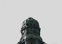 Palacio Salvo (Diego Campot) Tags: blackandwhite blancoynegro architecture buildings uruguay arquitectura monochromatic montevideo cupula