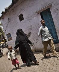 HL8A1610 (deepchi1) Tags: india muslim hijab bombay mumbai niqab